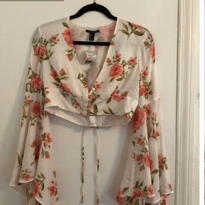 Forever 21 Floral Bell Sleeve Crop Top